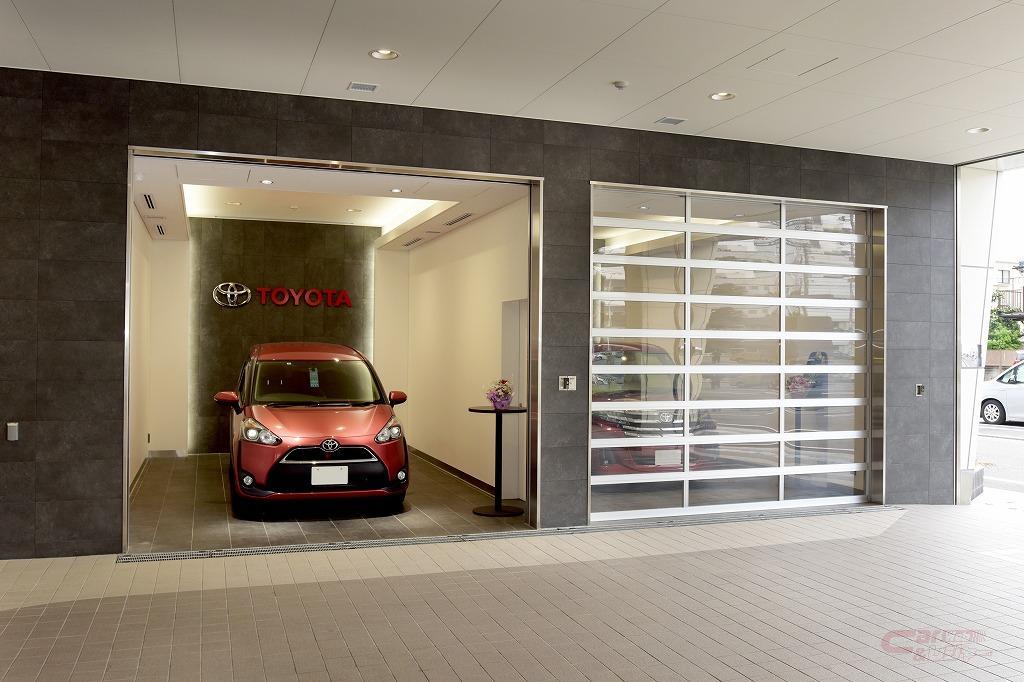 TM東京・練馬北町店の納車コーナー