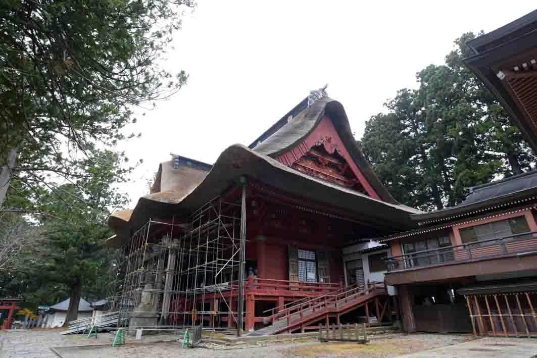 羽黒山山頂の本殿(三神合祭殿)