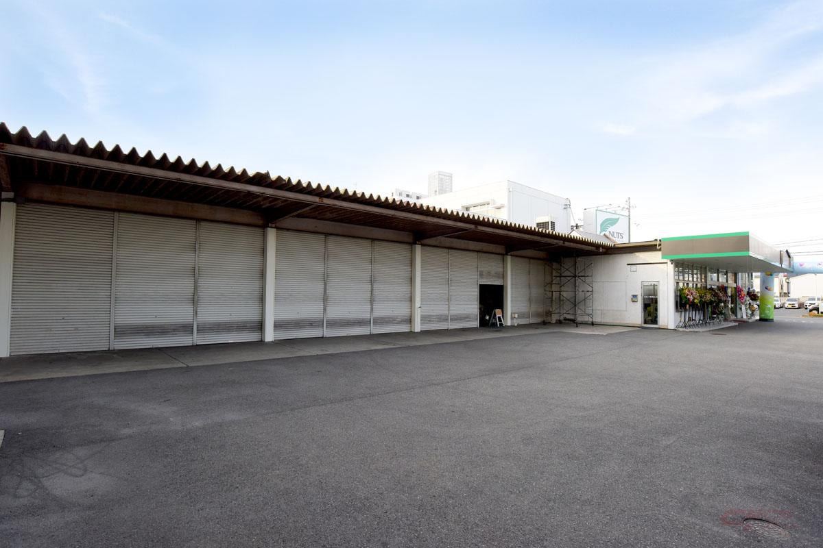 ナッツRV名古屋一宮店に併設したサービス工場。現在は稼働に向けて整備中