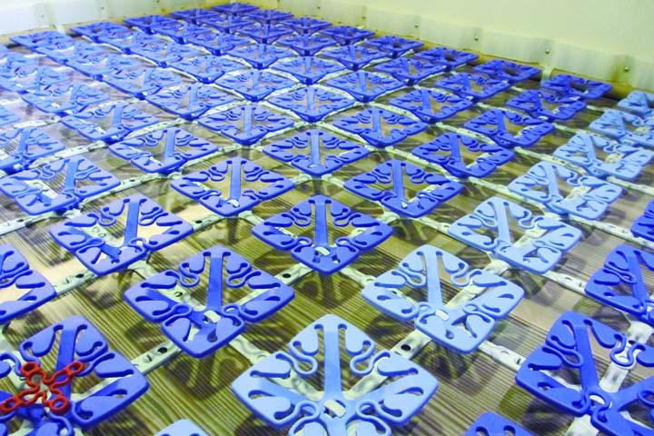 ジルノーブルのベッドに使われているプラスティックスプリング